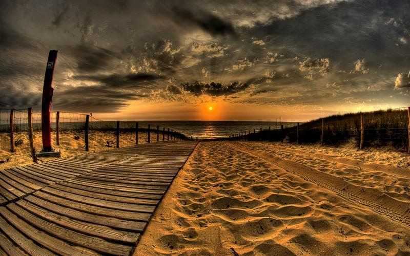 Закат на песке