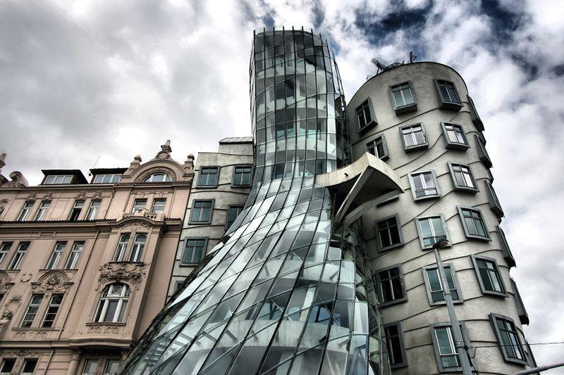 Танцующий дом, Прага, Чехия