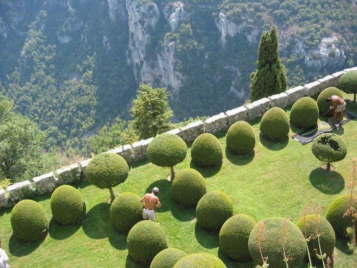 Сад в горах