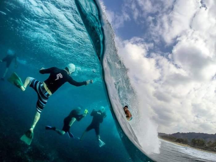 Фотография серферов прямо из волны! Сложная съемка но результат впечатляет