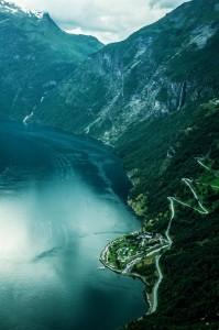 Фьорд Гейрангер и Орлиная дорога в Норвегии