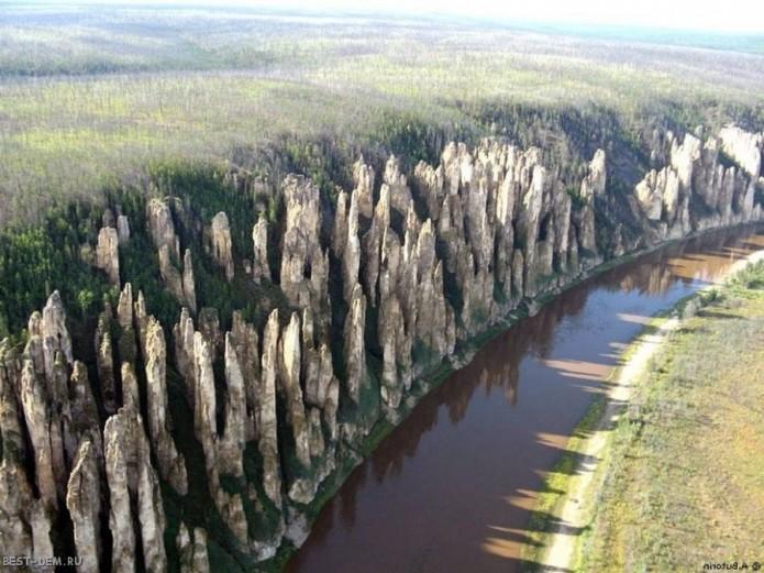 Каменный лес (Ленские столбы), р. Лена, Россия