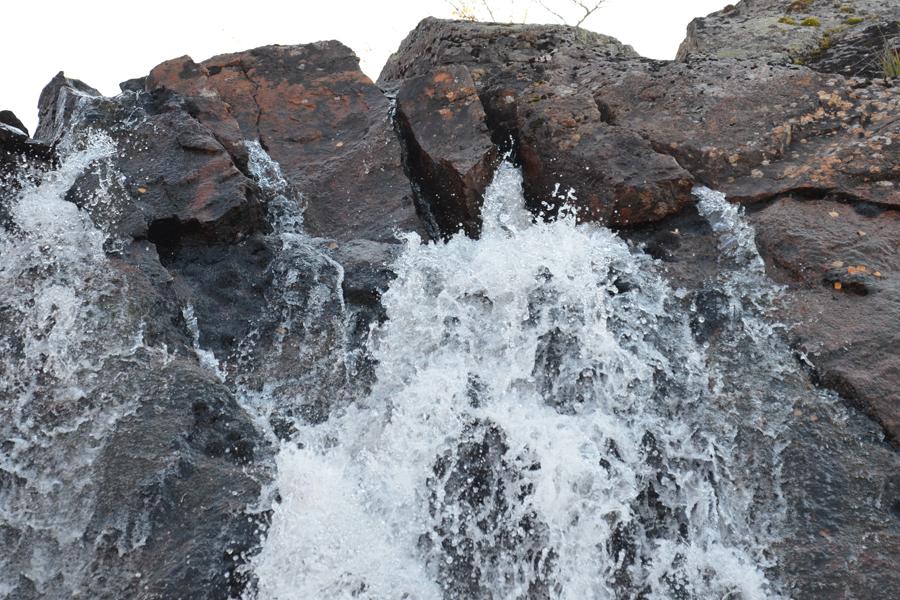 Водопад. Кольский полуостров