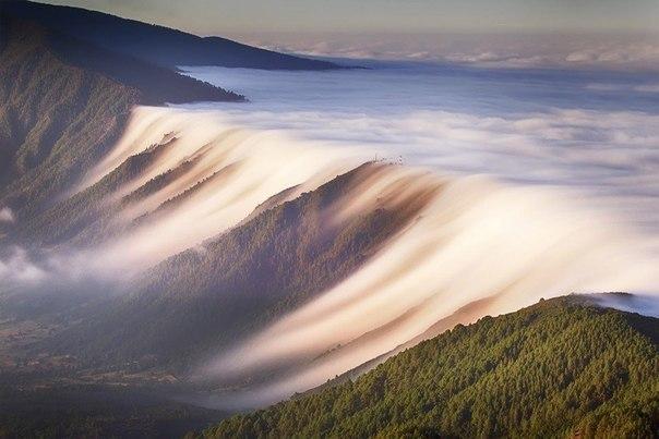 Водопад из облаков, Канарские острова, Испания