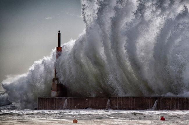 Мощь океана