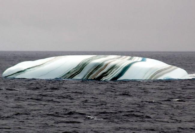 218 Разноцветный айсберг