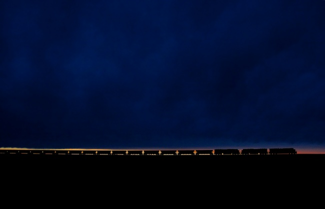 232 Поезд с углем на закате