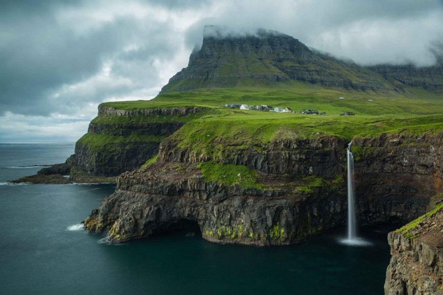 304 Водопад