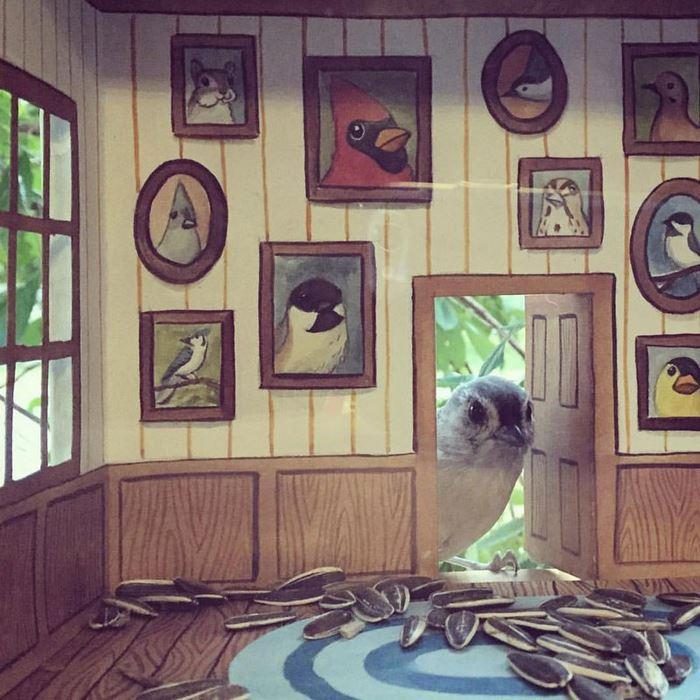 1 домик для птичек с мебелью джада фитч